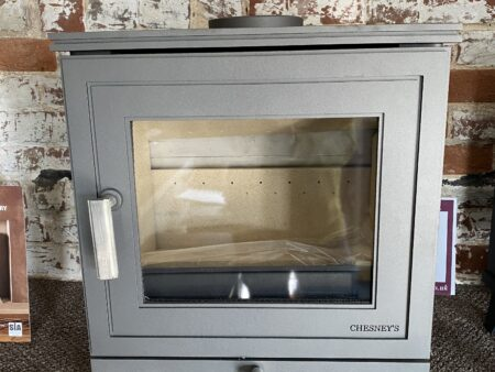 Chesneys Beaumont 5 Silver Ex Display Was £ 1520 Now £ 1200 Halstead Showroom