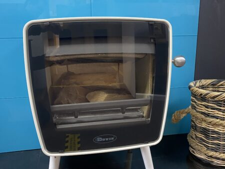 Dovre Vintage 35 with legs White Enamel Woodburning Ex-Display (Norwich Shop)